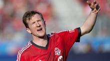 Toronto FC's Steven Caldwell organizes his team's defence against Columbus Crew during second half MLS action in Toronto on Saturday, May 18, 2013. (The Canadian Press)