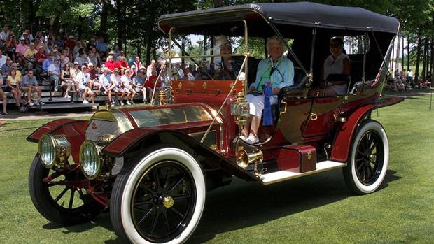 Winning car in the Gaslight class was this 1911 Pierce Arrow 48 Touring model, which would have sold for about $1,000 and was powered by a 48hp six-cylinder engine. (Len Katz)
