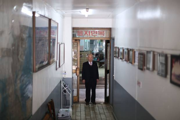 Lee Yun-sang, the 92-year-old original proprietor of Eulji Myeonok restaurant in Seoul, has served Pyongyang naengmyeon since 1985.