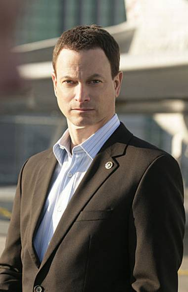 DRAMA CSI: NY (CBS, CTV, 8 p.m.) Crime does not take a break this time of year. Originally broadcast in 2010, tonight's episode of this sturdy crime-procedural series has become a holiday viewing tradition. CSI boss Mac Taylor (Gary Sinise) and his forensics team are summoned to a busy Big Apple department store where the manager has been found dead–right in the display window! A timely message on the value of Christmas bonuses.