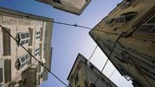 Apartment houses (Stockbyte/(c) Stockbyte)