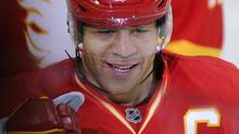 Calgary Flames' Jarome Iginla celebrates his 40th goal of the season against the Edmonton Oilers during the second period of their NHL hockey game in Calgary, Alberta, April 6, 2011. REUTERS/Todd Korol (TODD KOROL)