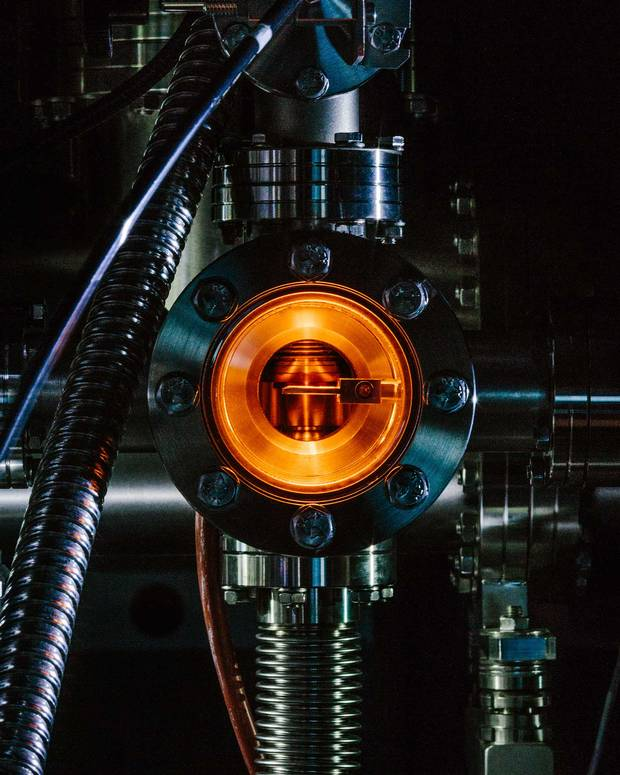 The UHV's fast-entry load lock cleans incoming wafers in quatum experiments at Waterloo