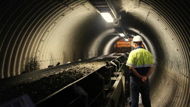 african barrick gold In a move that would allow barrick gold corp to regain its crown as the world's largest gold producer and tie the company's future more closely to africa, the toronto-based miner on monday.