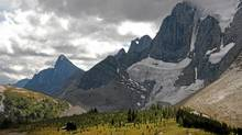 Subalpine trekking along the Rockwall offers some of the most dramatic views in the Canadian Rockies. (Janine Murphy)