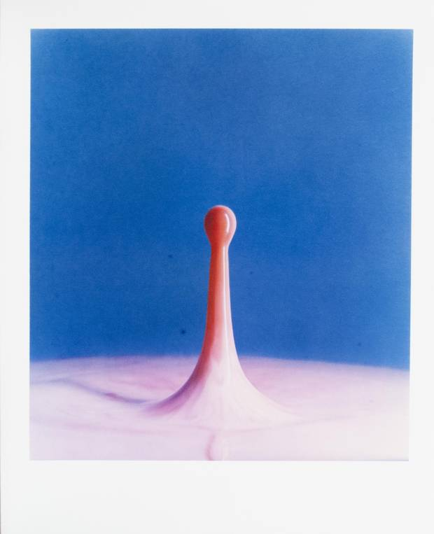 Harold Edgerton, Cranberry Juice (Dyedrop) Into Milk, 1960 (printed in 1984-85), Dye transfer print on paper, 50.4 x 40.8 cm. Gift of Angela and David Feldman, the Menkes Family, Marc and Alex Muzzo, Tory Ross, the Rose Baum-Sommerman Family, Shabin and Nadir Mohamed, 2013.