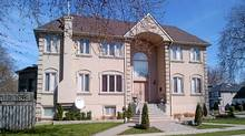 220 Elmwood Ave., Toronto