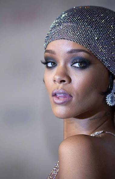 Hello, gorgeous. After only a few hours at the Fashion Designers of America Awards in New York, the pop singer Rihanna is suddenly the most desirable female celebrity on the planet. Now how the heck did that happen? (CARLO ALLEGRI/REUTERS)