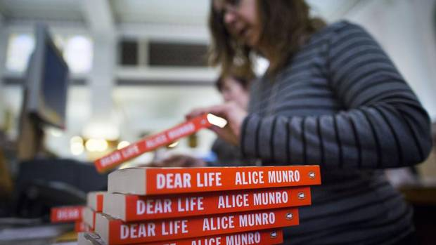 an analysis of the main characters in the stories of alice munro The office munro, alice primary category: literature / fiction genre: short story annotated tells how she decided to rent an office this early munro story lacks nothing of the power of her later work.