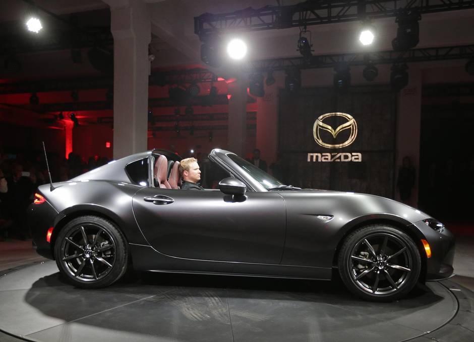 Mazda Mx 5 Rf Raises The Roof In New York