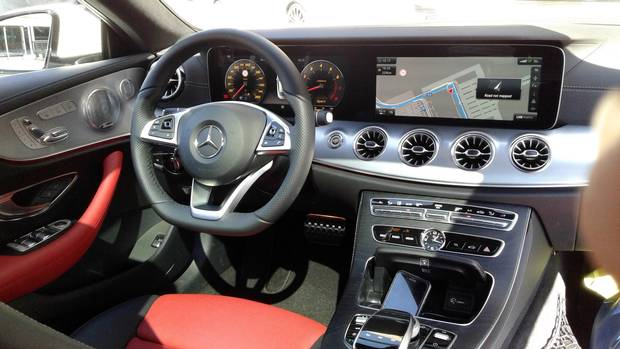 The interior of the 2018 Mercedes-Benz E 400 4Matic
