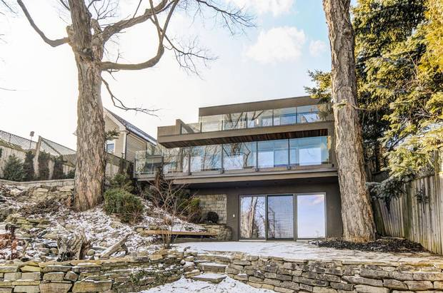 The design of the renovated home is based on incorporating the Scarborough Bluffs that surround the property.