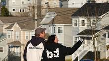 Prospective buyers look at homes in a new sub-division in Lakeside, N.S., on April 15, 2010. (PAUL DARROW/Paul Darrow for The Globe and Mail)