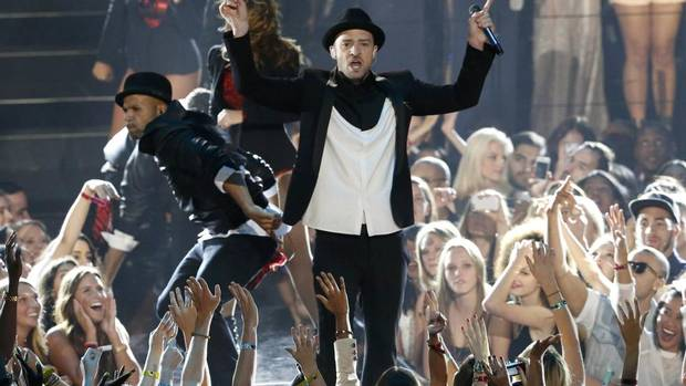 By all accounts, the night belonged to Justin Timberlake. (LUCAS JACKSON/REUTERS)