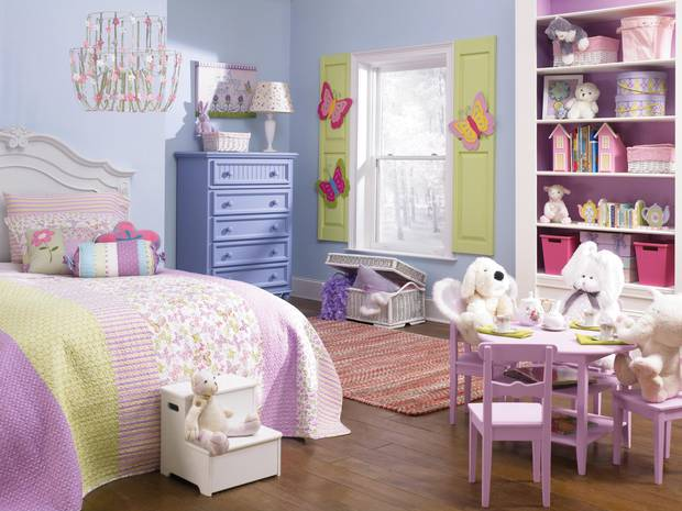 This undated photo provided by Sherwin-Williams shows a child's bedroom painted in Sherwin-Williams' color called Breathtaking.