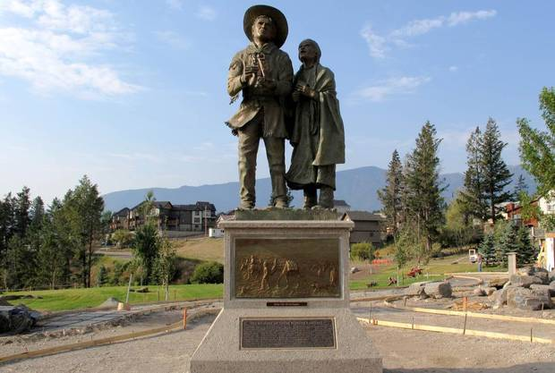 Photos of Explorer David Thompson and wife Charlotte Small statue in Invermere, B.C.