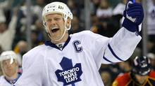 Toronto Maple Leafs Mats Sundin celebrates his first of two goals in the third period against the Florida Panthers in NHL ice hockey action in Sunrise, Florida February 27, 2008. (HANS DERYK/REUTERS)