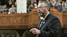 Treasury Board President Reg Alcock speaks during Question Period in the House of Commons on Sept. 28, 2005. (TOM HANSON/The Canadian Press)