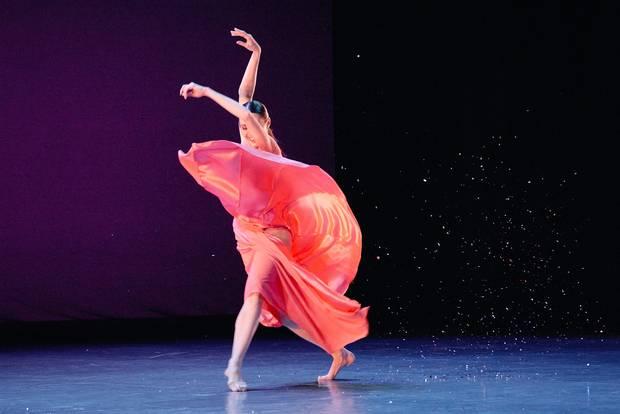 Dancer Anya Nesvitaylo in Ceci, Ce soir.
