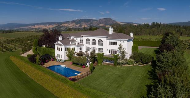 This sprawling, 15-acre Okanagan estate was sold by Garage Sale and Platinum Luxury Auctions on October 5. The home had been on the market for 15 years.