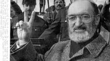 A happy Dr. Henry Morgentaler delivers a victory sign as he leaves the Supreme Court of Canada where the court ruled in his favour and struck down anti-abortion laws, Thursday Jan. 28, 1988, in Ottawa. (Fred Chartrand/CP)