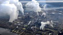 There are various careers in Canada's oil sands industry, ranging from heavy equipment operators and truck drivers to engineers and electricians. (KEVIN VAN PAASSEN/THE GLOBE AND MAIL)