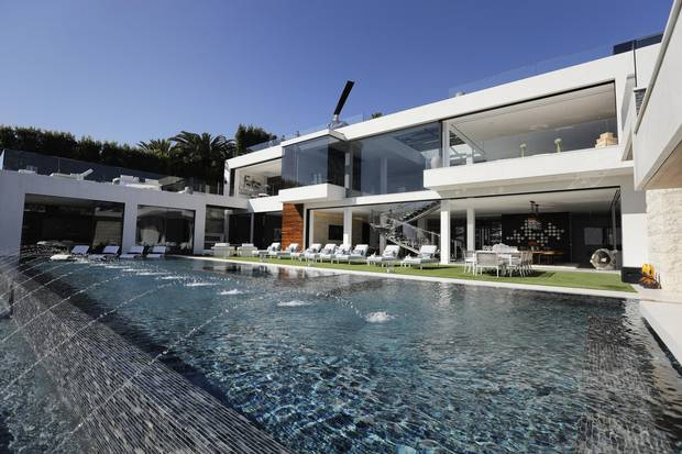 The Home Features 85 Foot Infinity Swimming Pool