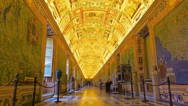 The Gallery of Maps at the Vatican Museums is an impressive site, but the food nearby likely won't be.
