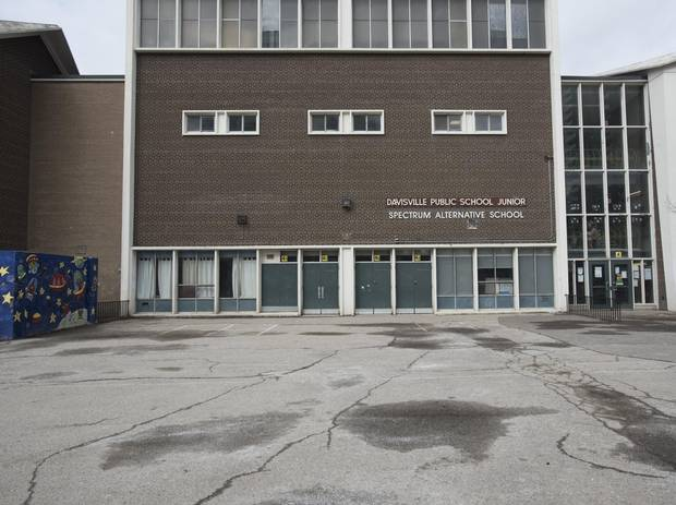 Advocates are pushing for the city to cancel plans to tear down the original Davisville Public School Junior building, which is currently overcrowded and outdated.