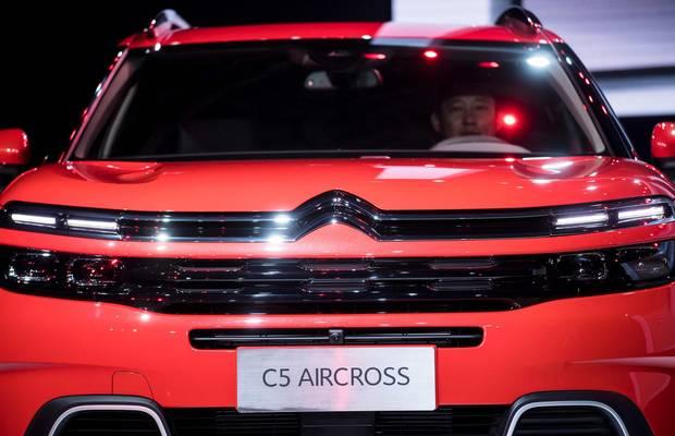 The Citroen C5 Aircross concept car.