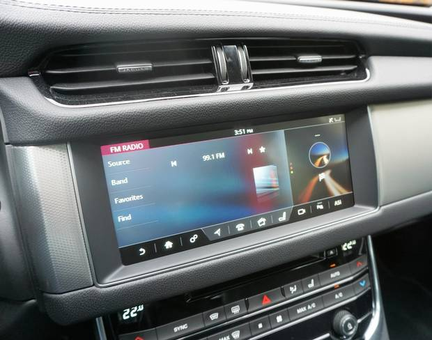 The 2018 upgrade includes an optional dual-view touch screen that can be used by both driver and passenger at the same time.