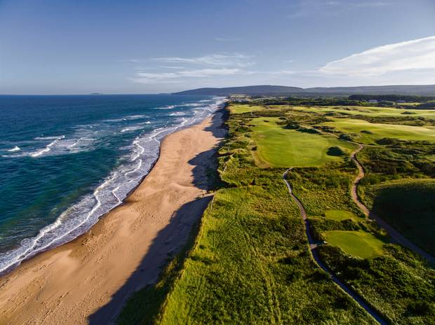 An aerial view of the 15th and 16th holes at Cabot Links along the Gulf of St. Lawrence.