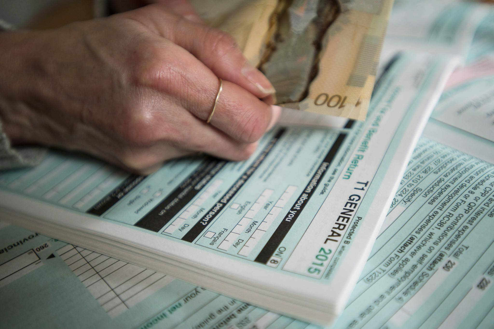 Ways To Save On Your 2017 Taxes
