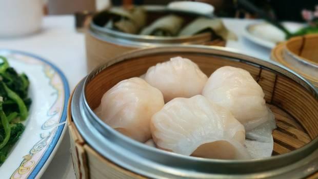 Har gao (shrimp dumplings)