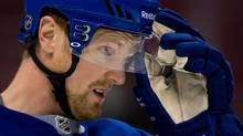 The Vancouver Canucks and Henrik Sedin will be looking for goals when they face the Dallas Stars in Sunday NHL action at Rogers Arena. (file photo) (DARRYL DYCK/THE CANADIAN PRESS)