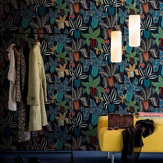 The Garden wallpaper by Lorenzo De Grandis brings nature directly to you.