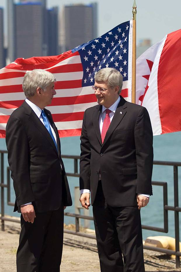 Michigan Governor Rick Snyder and PM Stephen Harper announce an agreement to collaborate on building a new bridge