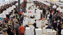 A general view shows the 11th edition of the Independent Winegrowers on March 13, 2010 in Bordeaux. (PIERRE ANDRIEU/2010 AFP)