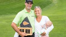 Matt Harmon celebrated his win with his wife Pagiel and 10-week old son Eli (Josh Schaefer/PGA TOUR Canada)