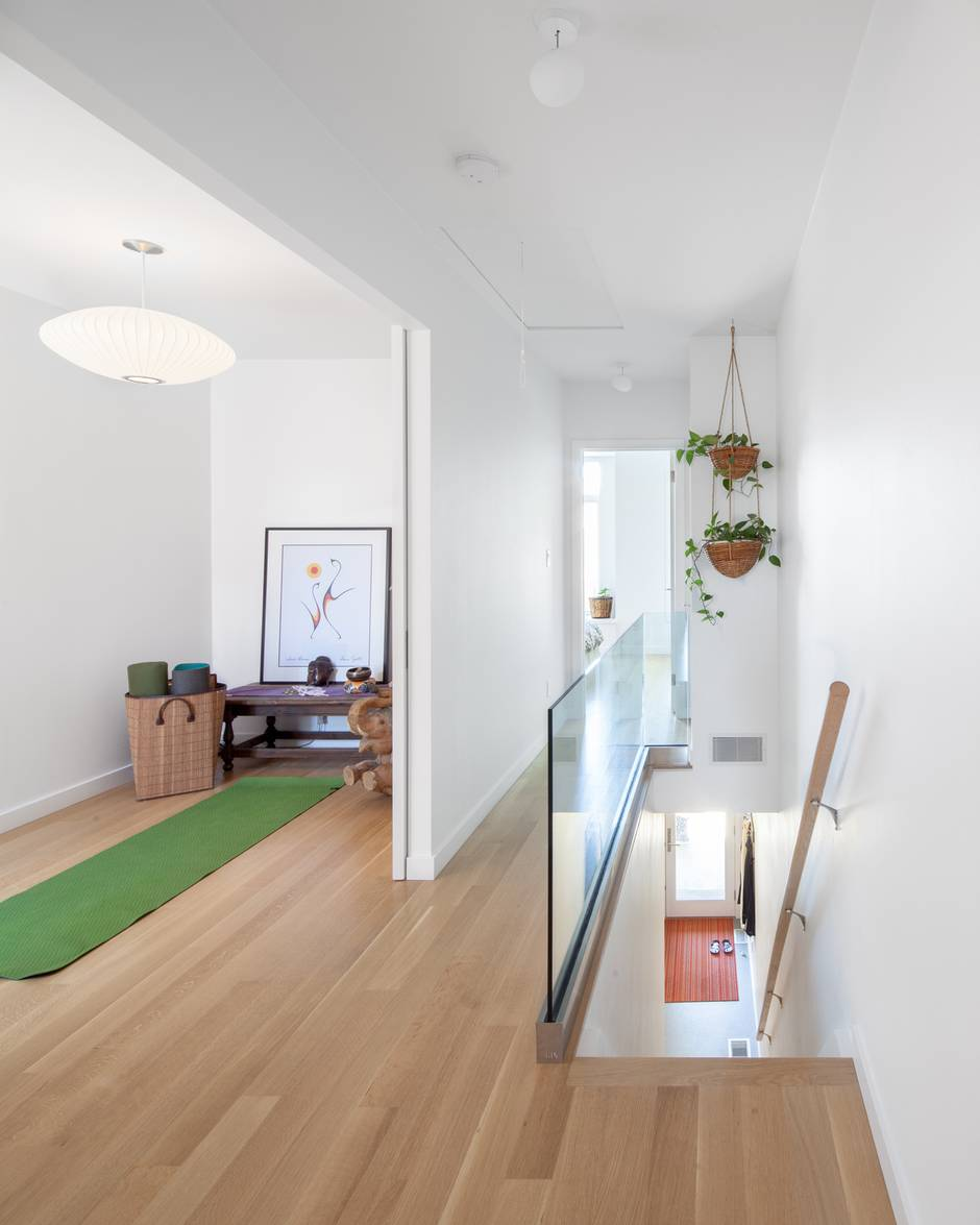 Contemporary living in a 15-foot-wide Victorian row house - The ...