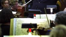 Conductor Mario Bernardi in a rehearsal with the CBC Vancouver Orchestra in 2001. (JOHN LEHMANN/GLOBE AND MAIL)