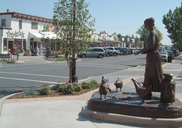 Street scenes in Cochrane, Alta.