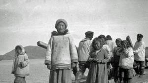 Inuit children at Hebron, Nfld., in 1926. Many families there were forcibly relocated in the 1950s.