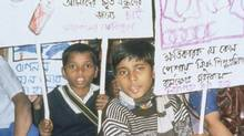 Children protest child labour in India. (Craig Kielburger/Free the Children)