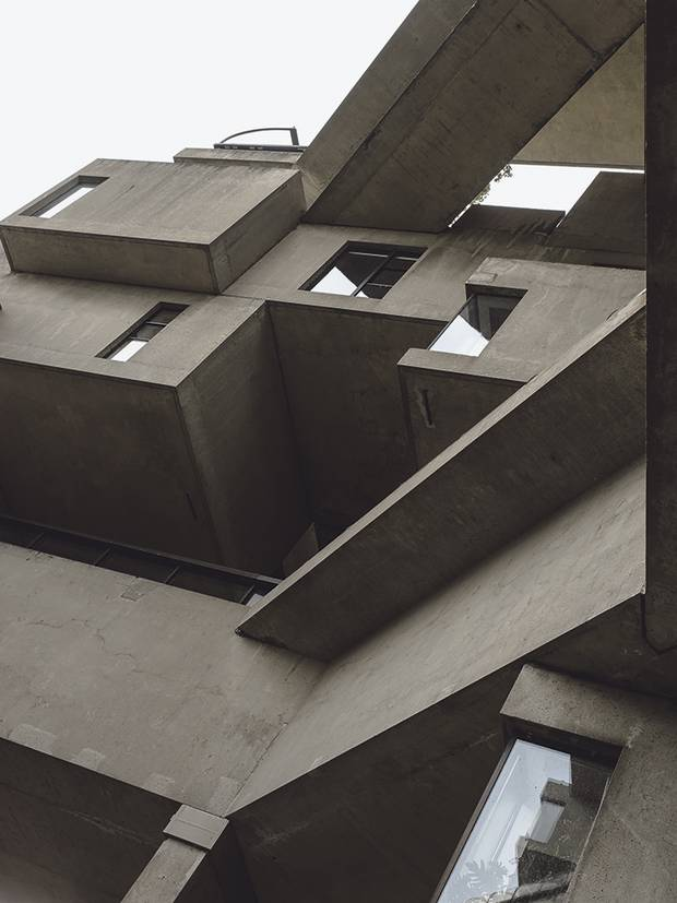 Habitat 67 is made up of 354 modules divided among 148 homes.