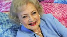Actress Betty White poses for a photograph in Los Angeles, California in this May 26, 2010 file photo. (Gus Ruelas/ Reuters/Gus Ruelas/ Reuters)