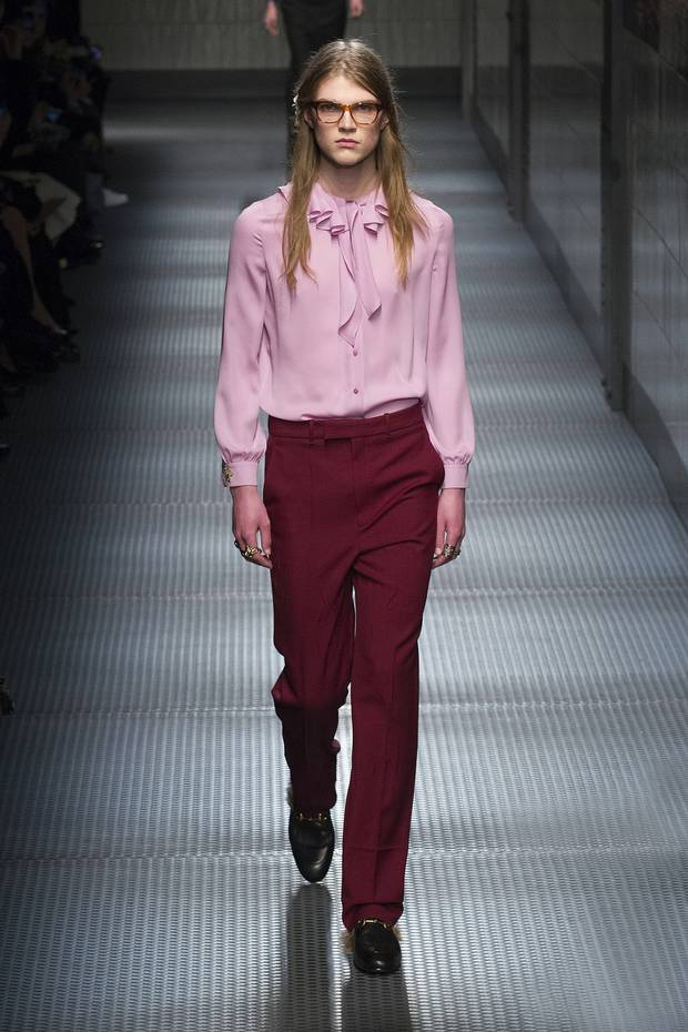 Gender bending attire on the Gucci runway.