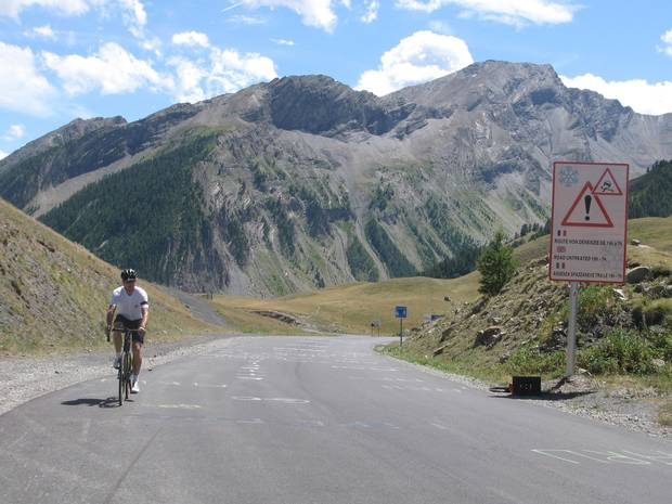 Conquering the final few metres to the Col de Vars on day eight, on the border between Les Hautes-Alpes and Les Alpes-de-Haute-Provence.