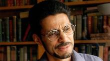 Writer Rohinton Mistry discusses his student years at the University of Toronto during an interview at Hart House on the university's campus in Toronto Sept. 4, 2002. (J.P. MOCZULSKI/J.P. Moczulski/The Canadian Press)
