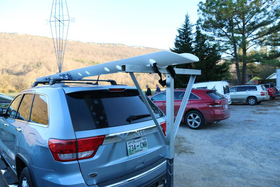 Testing A Roof Rack At 230 Km H It Really Sucks And That S A Good